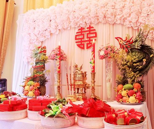 bàn thờ ngày cưới miền Nam